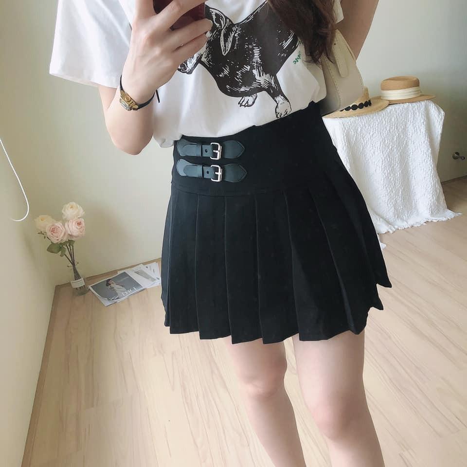【預購】質感率性.皮扣裝飾 立體顯瘦百褶裙(內有安全褲內襯)