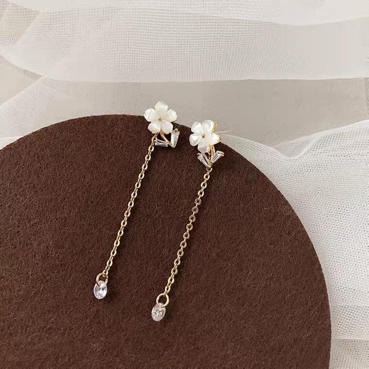 【預購】仙氣垂墜系列.水鑽花朵x長款流蘇耳環(耳針、耳夾都有哦)