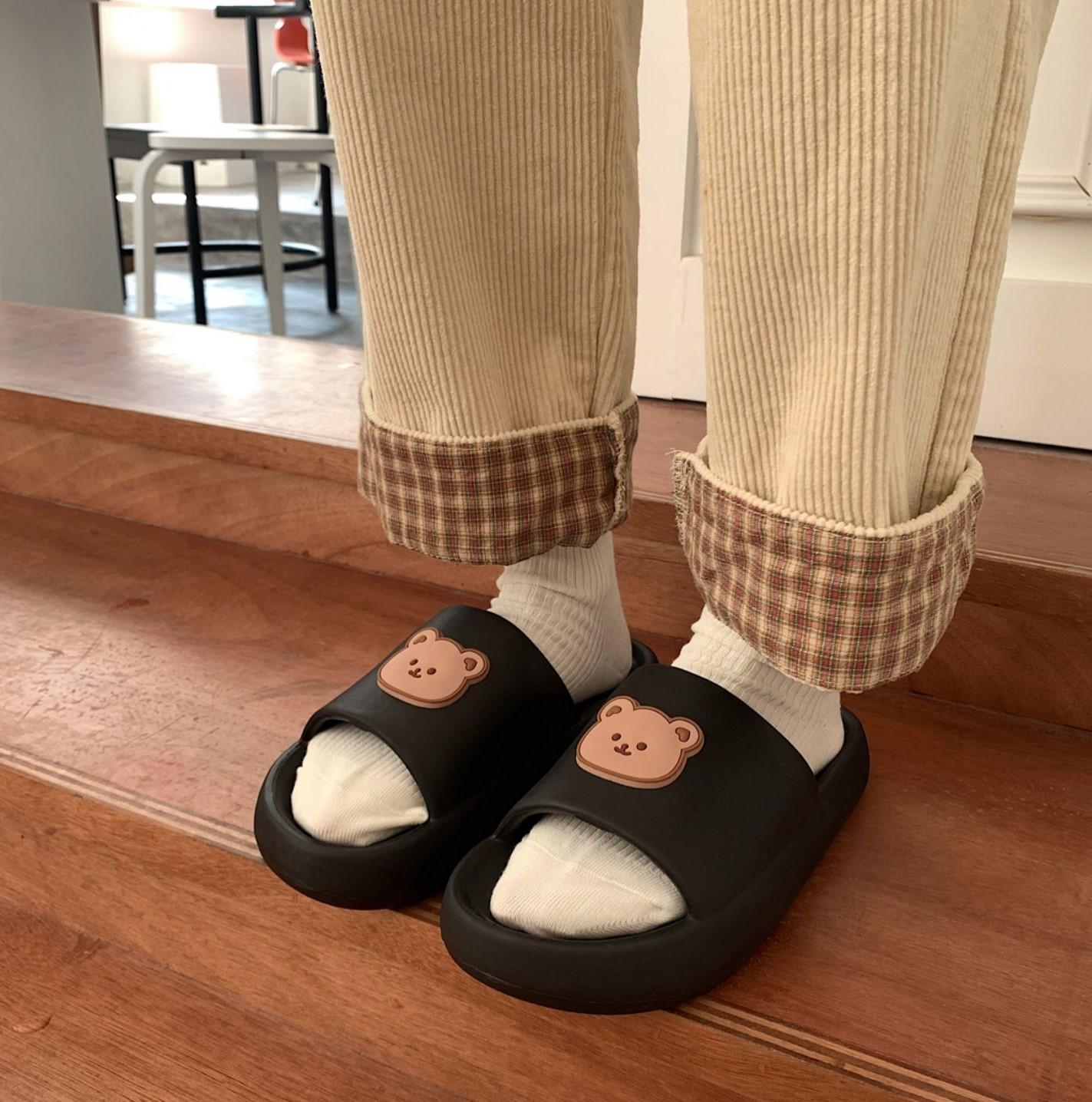 【預購】必須收進鞋櫃!可愛小熊防水情侶拖鞋~3色(36~45)
