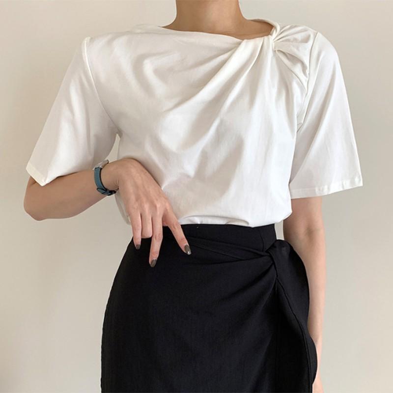 【預購】設計款.不規則扭結 高級感百搭短袖Tee~2色