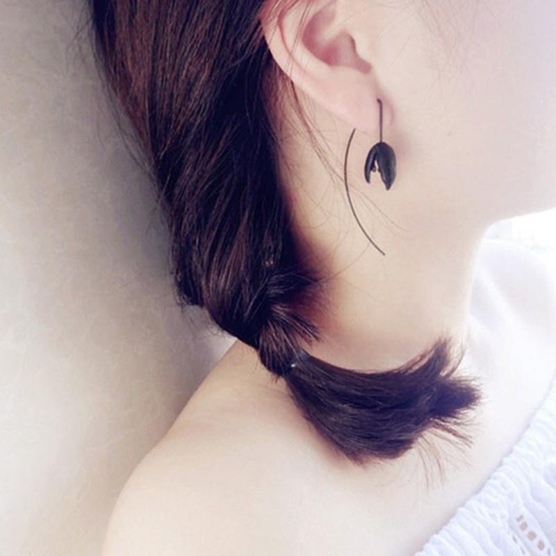 【預購】今天我是一朵很有個性的黑百合!耳勾式耳環