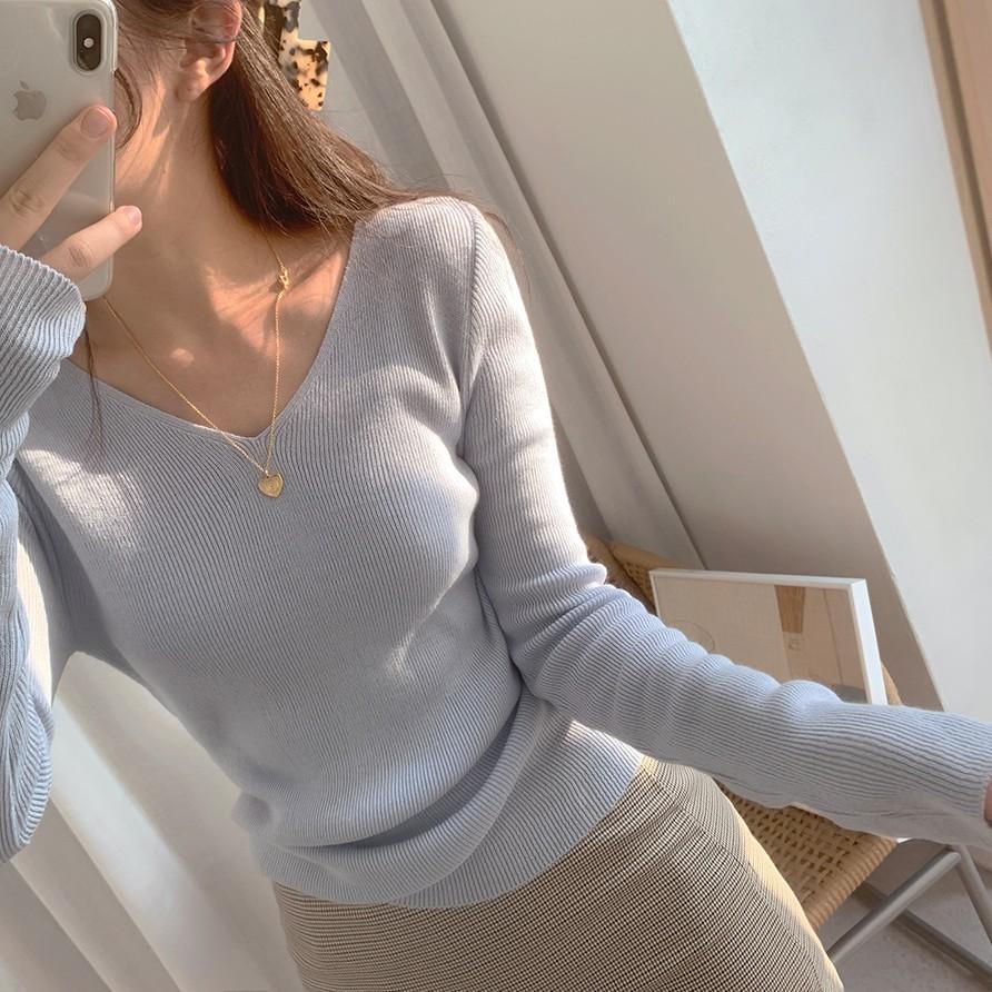 【預購】氣質色系 ♥ V領針織長袖上衣~3色