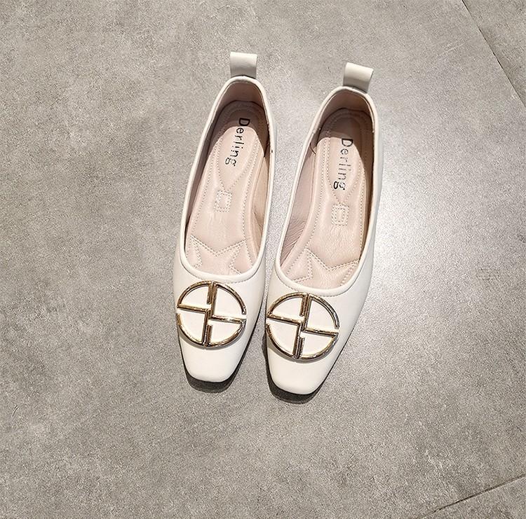 【預購】歐美風質感金屬環扣平底鞋~3色(35~40)
