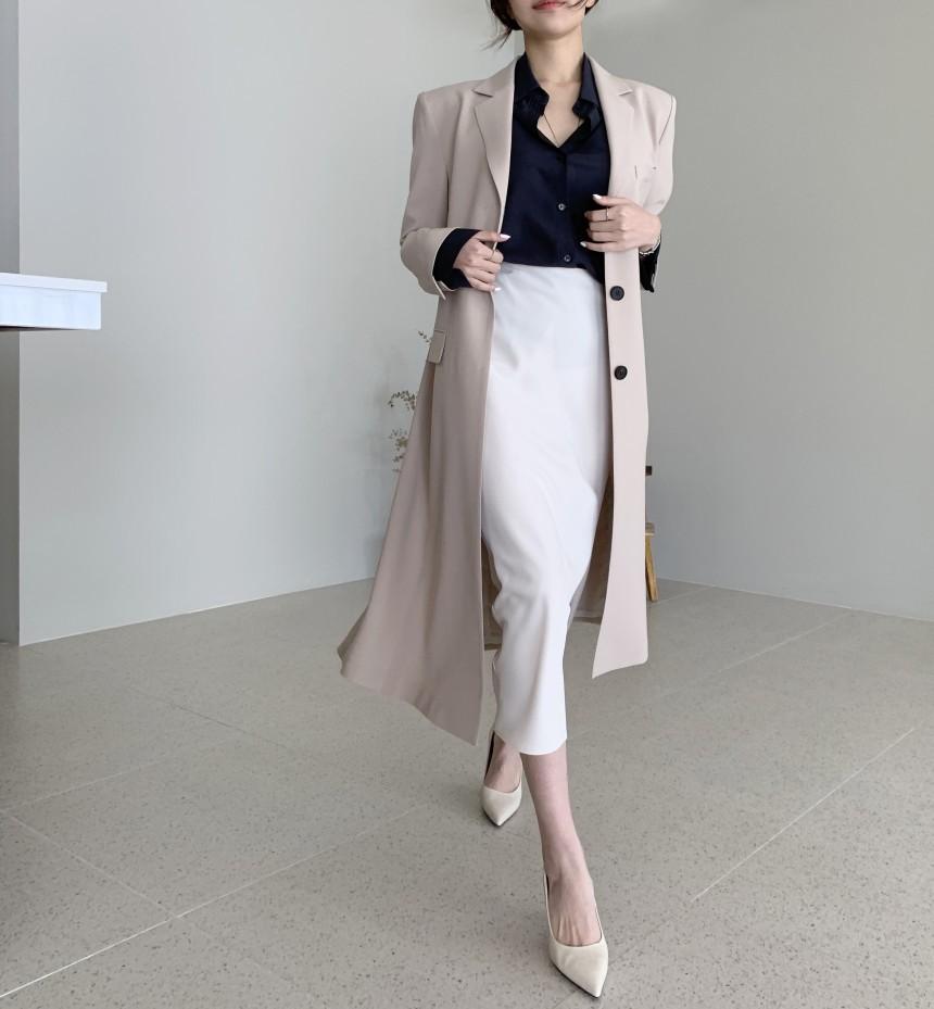 【預購】巴黎女子.超修身 側開衩長版西裝風衣外套~2色