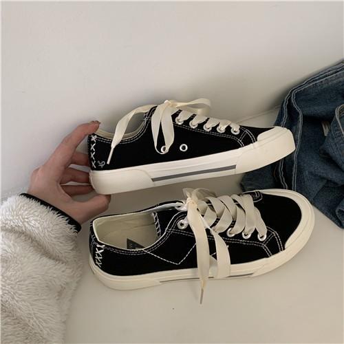 【預購】街頭風設計.百搭款 絲質綁帶帆布鞋~5色