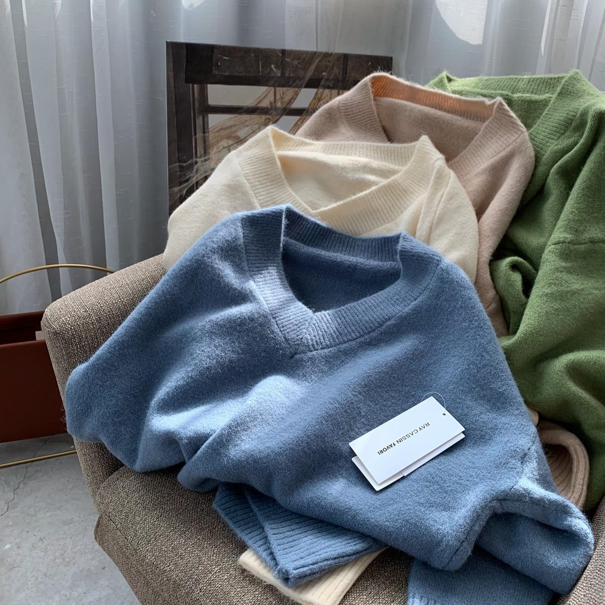 【預購】限量 - 日本原單.軟糯百搭V領羊駝絨毛衣~6色