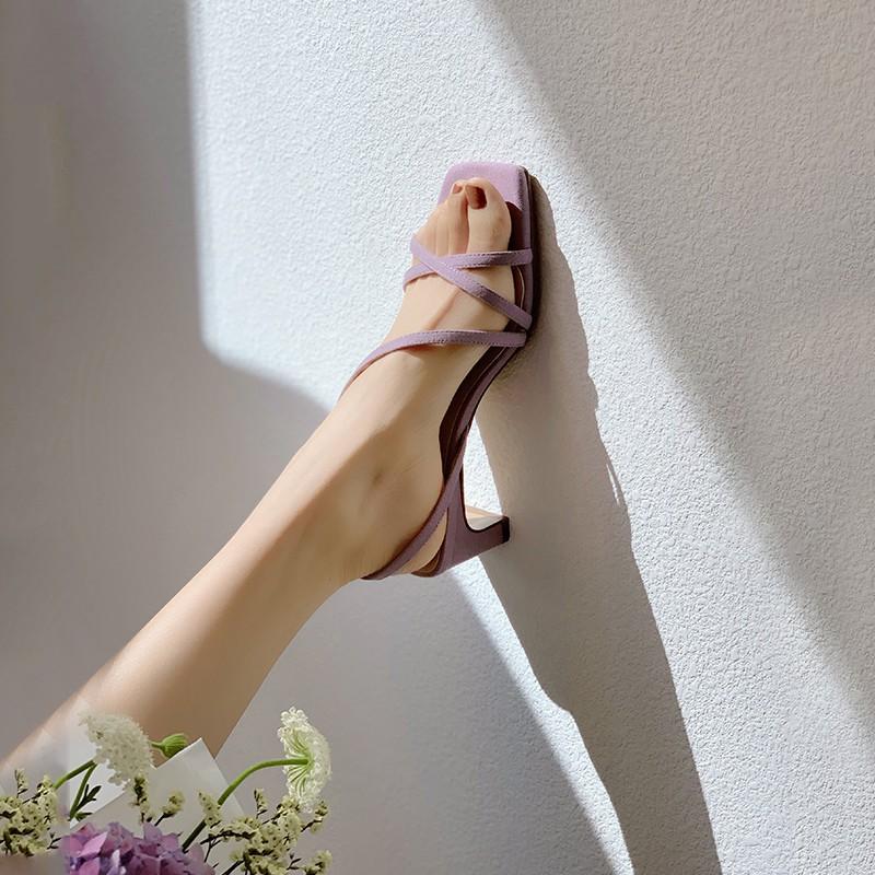 【預購】法式優雅風.設計款百搭高跟涼鞋~3色(34~39)