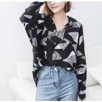 【預購】復古俐落風.設計感色塊薄款襯衫上衣~2色(S~XL)