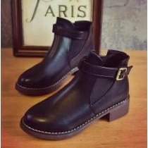 【預購】英倫復古風.低跟皮面金屬扣環馬丁靴~4色 (35~40)