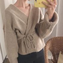【現貨】搭什麼都可以!法式復古綁帶毛衣罩衫上衣