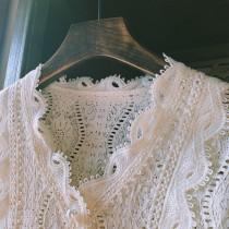 【預購】知性女子專用.法式優雅V領蕾絲襯衫上衣~3色