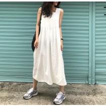 【預購】歐膩愛的文藝風簡約純色方領長洋裝~2色