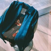 【預購】輕奢復古風.法式質感大花朵雪紡背心+深藍綠襯衫套裝(兩件需分開購買)