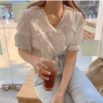 【預購】溫柔女子專用.法式蕾絲勾花短袖襯衫