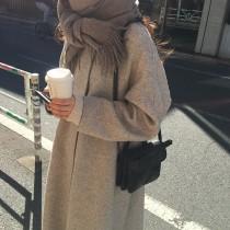 【預購】喜歡簡單.氣質淺灰人字紋綁帶大衣外套