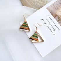 【預購】質感圖騰.輕奢古著感 彩色三角耳勾式耳環
