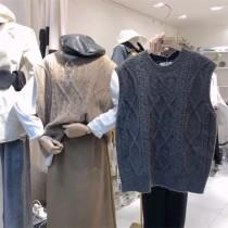【預購】秋天穿到春天.質感麻花紋針織背心~5色