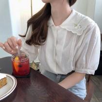 【預購】歐膩的衣櫃.溫柔風刺繡領襯衫上衣~2色