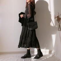 【預購】四季百搭款.內搭單穿都可以的壓褶長洋裝~3色