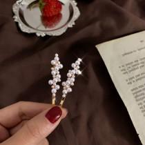 【預購】溫柔女子專用.設計款 小珍珠一字夾(一組兩隻)