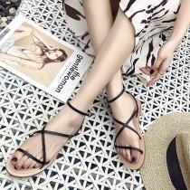 【預購】夏日百搭款交叉細帶平底羅馬涼鞋~2色