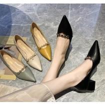【預購】金屬裝飾.百搭尖頭工作粗跟小皮鞋~4色(34~40)