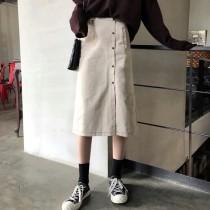【預購】高腰排扣開衩中長款杏色牛仔裙