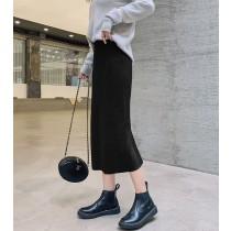 【預購】秋冬要囤貨的款式!超彈力 坑條針織開衩半身裙~3色