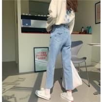 【預購】四季可穿款.九分微寬鬆直筒牛仔褲