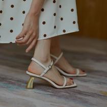 【預購】高級感小眾風.法式復古 極簡設計高跟涼鞋~2色(34~39)