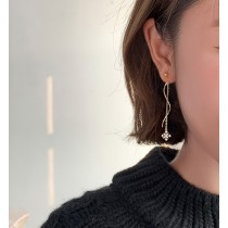 【預購】設計款 雪花流蘇不規則耳夾/耳針式耳環