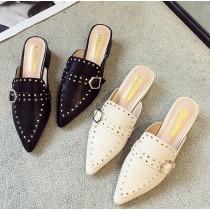 【預購】歐美感.金屬裝飾尖頭低跟穆勒鞋~2色
