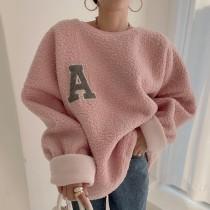 【預購】韓系慵懶風.真的保暖的羊羔毛字母大學Tee~3色