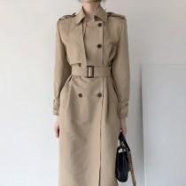【預購】知性女子專用.英倫風雙排扣翻領 綁帶風衣外套~2色