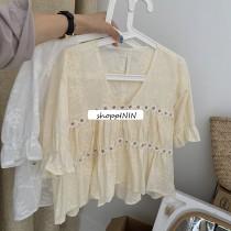 【預購】小清新風.挺版 刺繡小花朵娃娃衫~2色