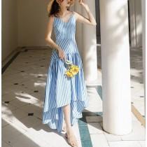 【預購】熱情法式風.度假必備 設計款藍白條紋長洋裝(S~XL)