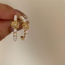 【現貨】法式小眾風.復古山茶花珍珠925銀針耳環