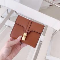 【預購】質感歐美風.牛皮 金屬飾扣 三折式真皮短夾錢包~4色