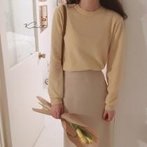 【預購】輕法式穿搭.奶油色圓領針織衫 + 米色針織中長裙套裝(上下需分開購買)