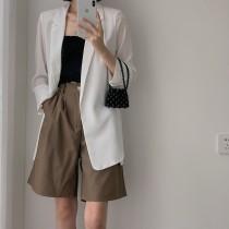 【預購】薄的很有質感!設計款長版開衩西裝外套~2色