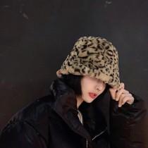 【預購】有時候想低調一點....復古毛絨短沿漁夫帽~4色