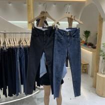 【預購】又是一條神褲!兩粒扣 設計款弧形褲頭 全彈力牛仔褲~2色