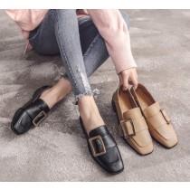 【現貨】35~43號!足碼女鞋系列 ♥ 簡約金屬扣方頭小皮鞋~2色(42號)