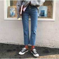 【現貨】牛仔褲大賞.經典高腰四排扣彈力牛仔褲(淺色M號)