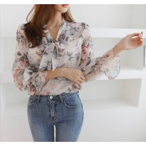【韓製.預購】姐姐風大花朵綁帶襯衫上衣~2色